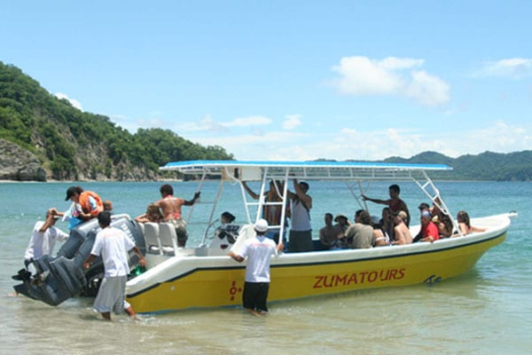 Get on the boat in Montezuma and get ready.