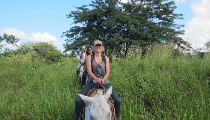Horse back riding tour Santa Teresa Costa Rica
